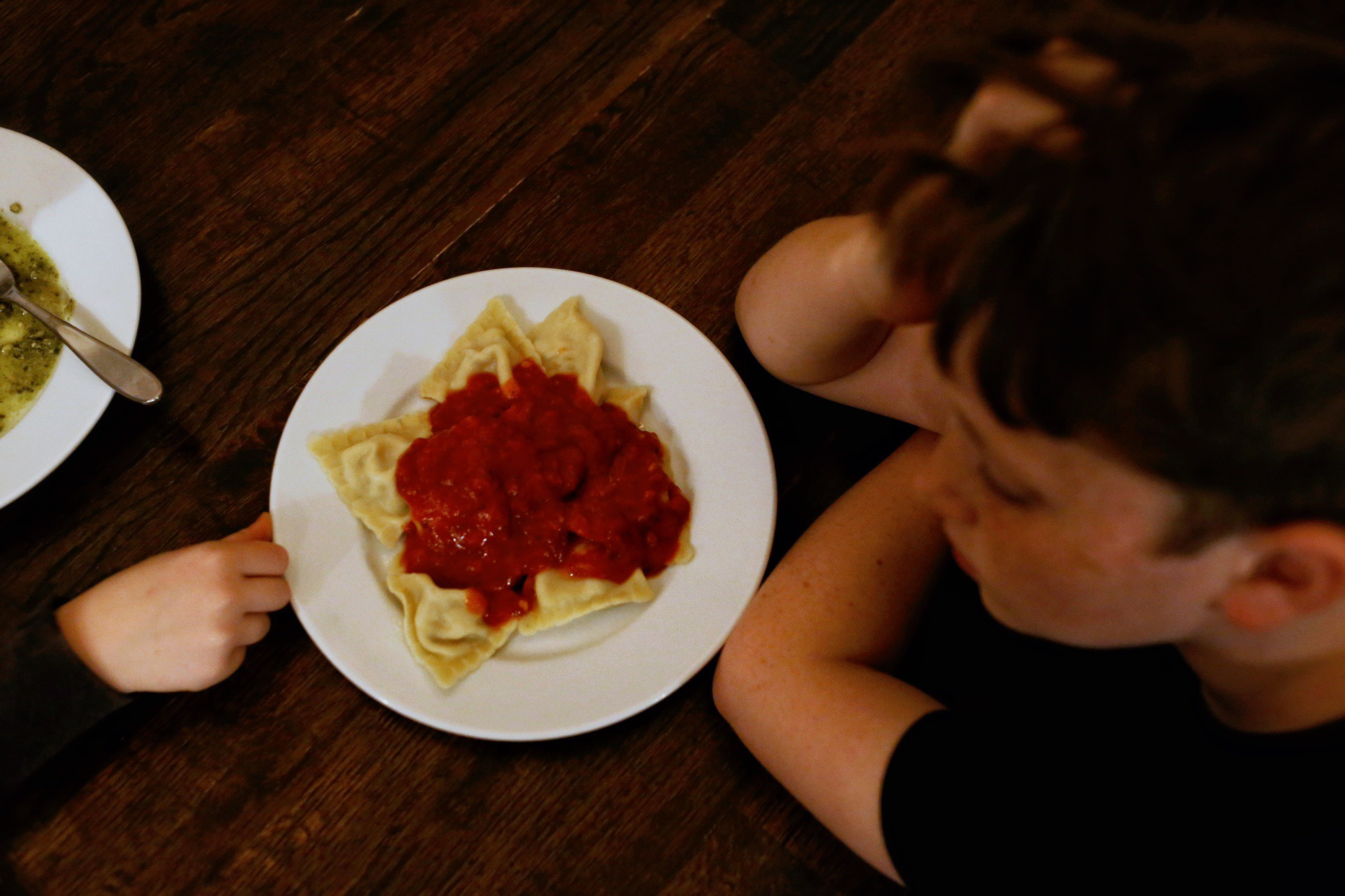 Three Bridges pasta & sauce as a fast, good dinner option for families feeding tweens. | JillKrause.com